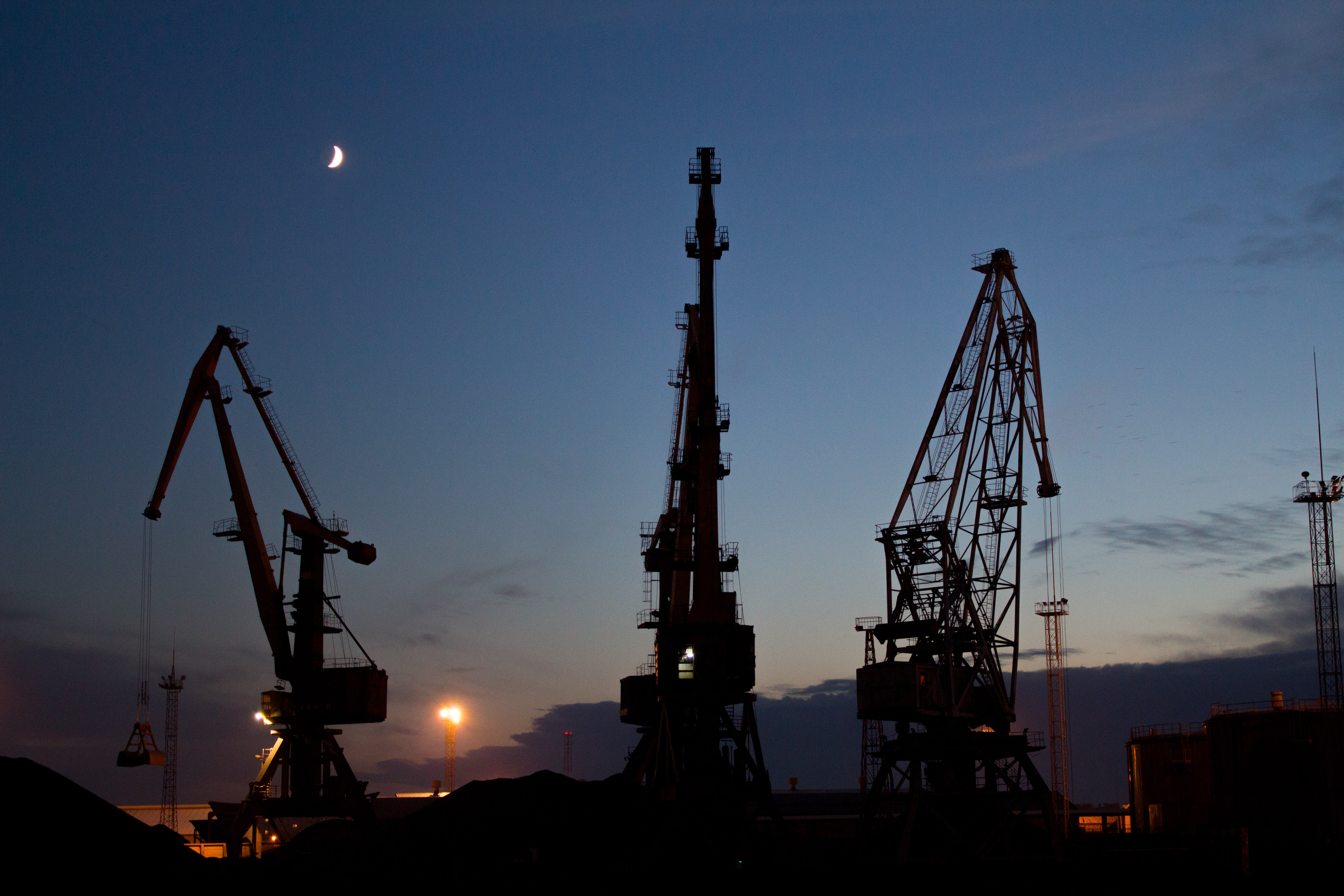Whose supply chain is more sustainable, BP or Shell?